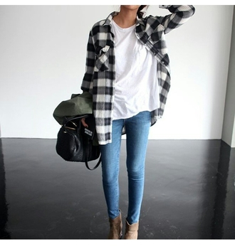 blouse jeans skiny jeans white top ankle boots bag on point on point clothing shoes tumblr outfit casual