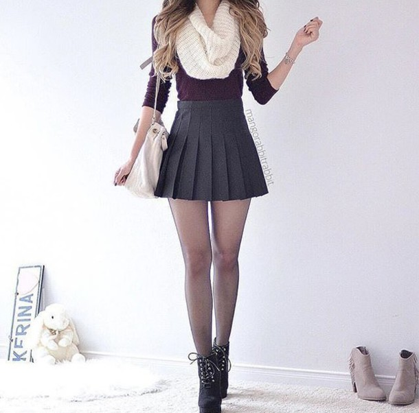skirt grey red black boots cropped scarf white grey skirt skater skirt mini skirt tennis skirt pleated skirt pleated short skirt black heels combat boots heeled black boots red crop crop tops infinity scarf