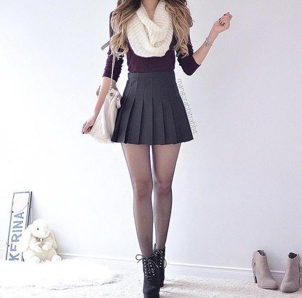 skirt grey red black boots cropped scarf white grey skirt skater skirt mini skirt tennis skirt pleated skirt pleated short skirt black heels combat boots heeled black boots red crop crop tops infinity scarf