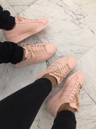 shoes adidas nude pink adidas shoes adidas superstars pastel pink superstar gold adidas superstars pastel  pink adidas originals pink shoes trainers addias shoes modern fashon yeezy girly gold accents nude shoes sneakers cute streetwear streetstyle baddies nude pink leather shoes pastel baby pink adidas pastell shoes adidas supercolor nude pink adidas pink sneakers low top sneakers new shoes light pink nude adidas taupe