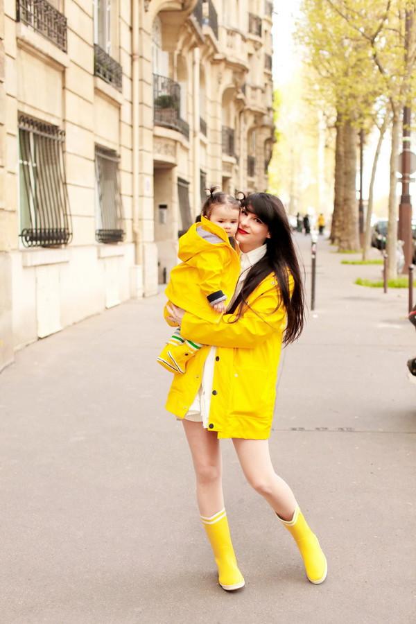 the cherry blossom girl blogger leggings shoes coat dress