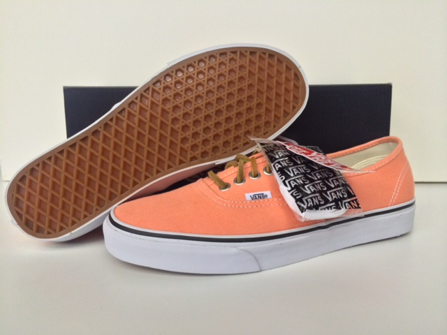 965bf7dab4a0ea Vans Authentic (Brushed Twill) Fresh Salmon Men Size 8 VN-0VOEAQH