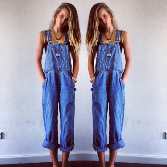 jeans denim top bra jumpsuit overalls denim jumpsuit indie accesoire necklace hipster gypsy fall outfits dungarees pants overalls blue vintage long oversized loose loose fit clothes denim overalls