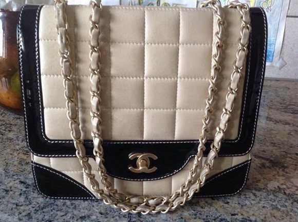 beige bag chanel bag