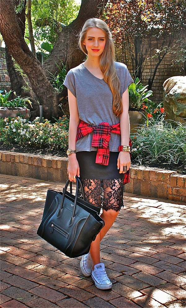 fashionable passion blogger t-shirt skirt
