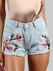 shorts,denim,denim shorts,embroidered,floral