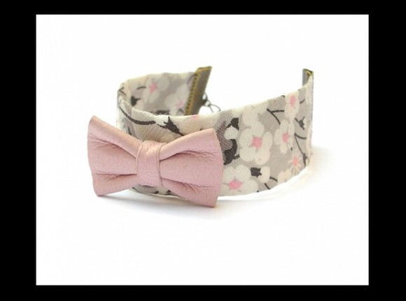 pink vintage jewels pale pink girly retro bow bows bracelets japanese inspiration japanese bow bracelets kawai cute pink bows