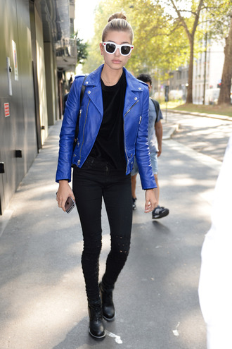 jacket biker jacket hailey baldwin sunglasses streetstyle model off-duty fall outfits pants milan fashion week 2016