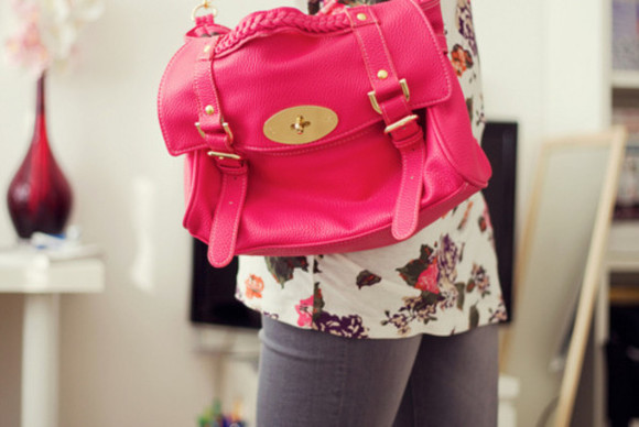 bright pink pink hot pink light pink bag golden gold strapped bag bag strap pink bang pink handbag cross body bag beautiful bags bags hand bag