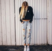 jeans,brandy melville,teenagers,boyfriend jeans,alien,edgy,sweater,t-shirt,girly,style,romper,blue jeans,ripped jeans,beautiful,cool,pretty,zaful