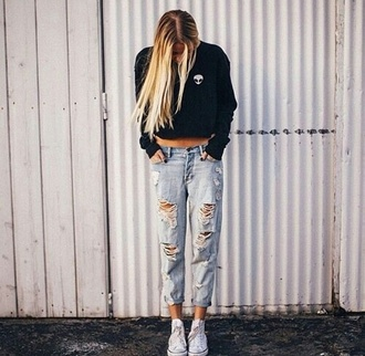 jeans brandy melville teenagers boyfriend jeans alien edgy sweater