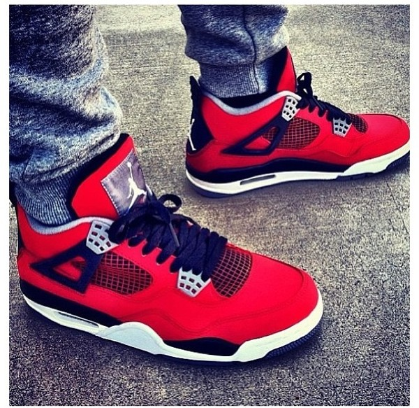 where can i buy air jordan 4