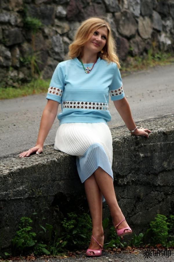 Loose Crocheted Tee - OASAP.com