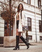 bag,black bag,black boots,white coat,black skirt,top