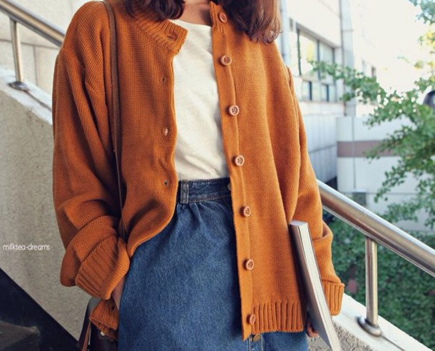 cardigan fall outfits oversized cardigan button up burnt orange coat casual comfy orange white t-shirt thick sweater cotton jeans high waisted jeans autumn/winter winter outfits cute knitwear