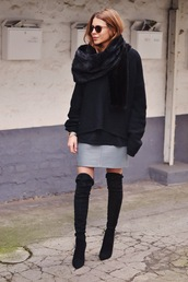 maja wyh,blogger,grey skirt,oversized sweater,black sweater,thigh high boots,winter outfits,shoes