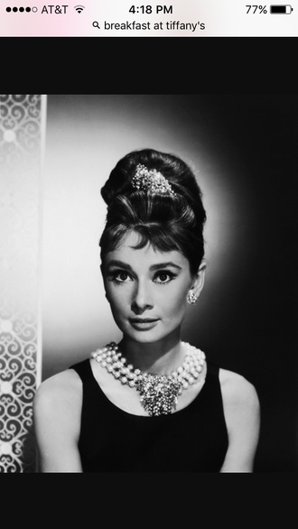 jewels audrey hepburn necklace hair clip black dress classy