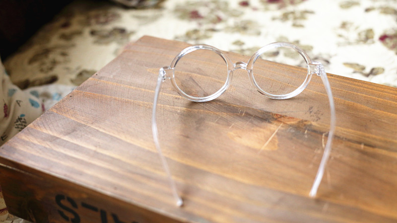 Transparent round glasses / back order – holypink