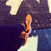 shoes,nike sneakers,orange,black
