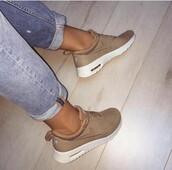 shoes,low top sneakers,nike sneakers,nude sneakers,sneakers,nike,beige,nike air max thea,tan,tan nike air max thea premium,nude,airmax nike nude,nike running shoes,nike airmax thea premium dessert camo,running shoes,nike shoes,cute shoes