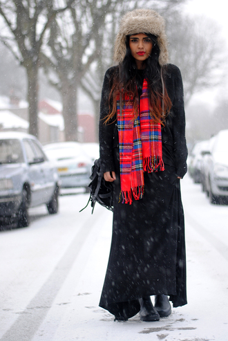 she wears fashion scarf sweater skirt hat bag