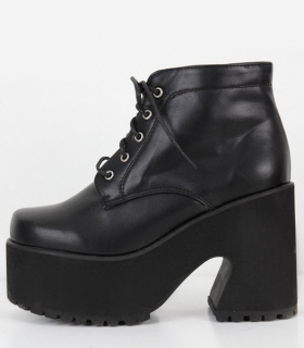 Boots - Diagonal - Boots - Shoes - Women - Modekungen - Fashion Online | Clothing, Shoes & Accessories