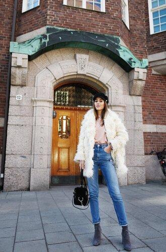 kenza blogger jacket sweater jeans bag shoes jewels