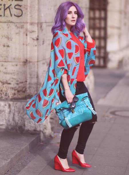 like a riot blogger jewels scarf sweater jeans sunglasses bag shoes cardigan