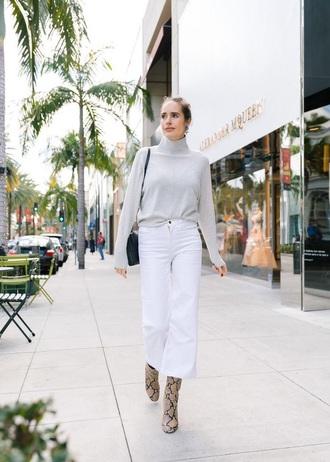 sweater pants white pants cropped pants boots turtleneck grey sweater snake print