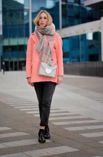 lisa f.k. music of the wind blogger salmon heart bag heart blanket scarf coat