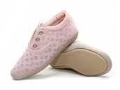 shoes,sneackers,pink shoes,lv,china,louis vuitton