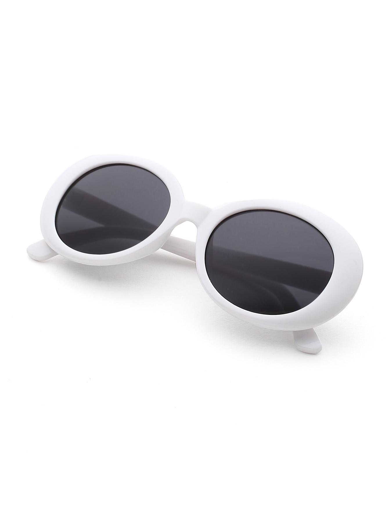 099088ddb3 Contrast Frame Flat Lens Cat Eye Sunglasses -SheIn(Sheinside)