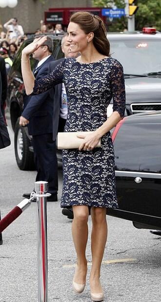 dress queen baghand bag hand hair brown blue short car celebrity style celebrity prom dress christmas kate middleton