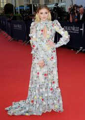 dress,gown,prom dress,long dress,red carpet dress,red carpet,chloe grace moretz,floral,floral dress,keyhole dress