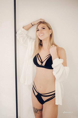 underwear lingerie lingerie set sexy lingerie black lingerie velvet velvet bralette velvet lingerie