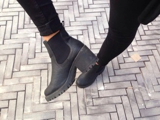 shoes bottes boots noir black talons high heels black heels