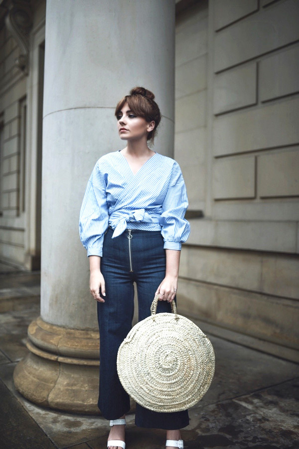 shirt tumblr wrap top blue top bag round bag round tote denim jeans blue jeans shoes