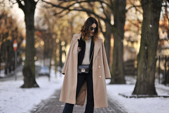 shiny sil blogger top shoes jacket bag coat sunglasses gloves