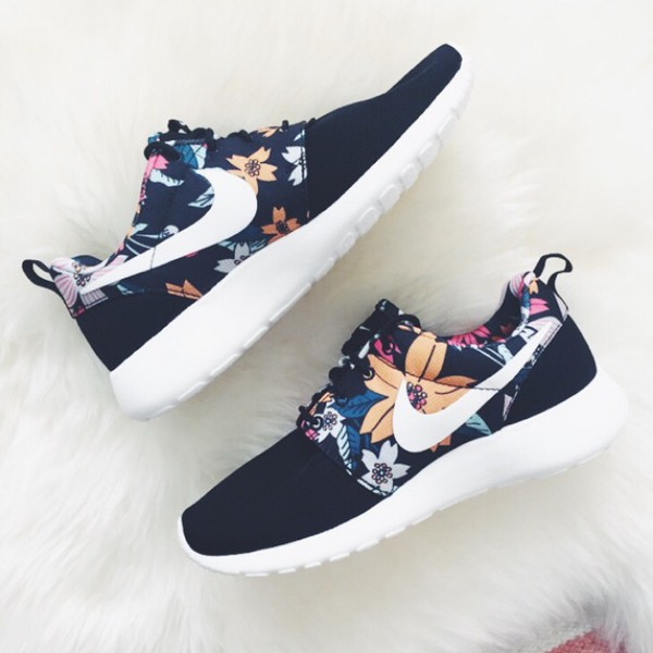 Nike Roshe One Safari