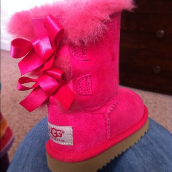 shoes ugg pink bows sparkly uggaustralia fakeuggs knockoff