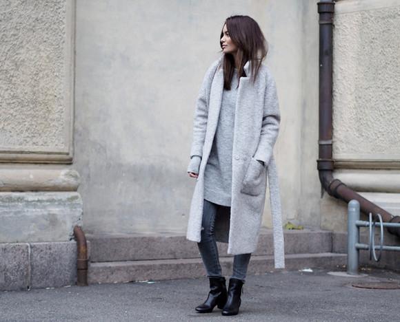 blogger jeans long coat by funda jewels sweater dress grey coat black boots