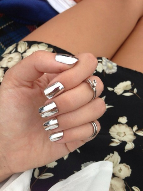 nail polish nails silver mirror jewels skirt metallic nail polish nail polish metal beautiful nail art nail accessories shiny california girl beauty nail stickers metallic nails ring plastic silver crone nail polish ilikeit tumblr knuckle ring silver ring jewelry