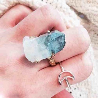 jewels ring crystal jewelry gem stone gemstone precious white blue turquoise ombre effect healing powers power boho bohemian blue wedding accessory gemstone ring raw stone