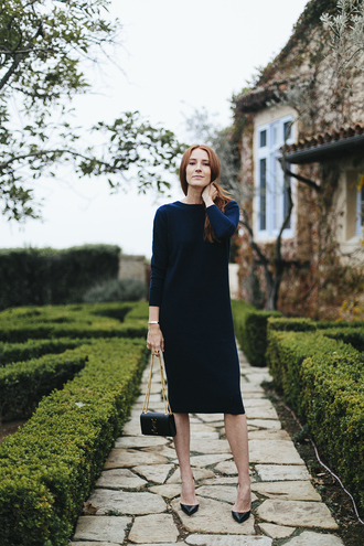 could i have that blogger dress shoes bag sweater midi dress navy dress ysl bag ysl high heel pumps pumps valentines day date outfit date dress tumblr blue dress midi knit dress long sleeves long sleeve dress knitted dress pointed toe pumps black heels black bag