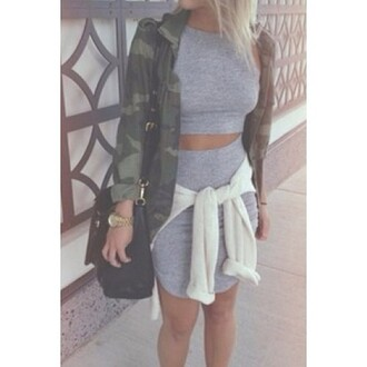 jacket camouflage bag camo jacket cardigan two-piece grey watch style skirt tight crop tops grey skirt fashion blouse
