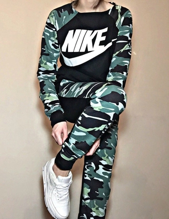 nike tracksuit pants sweater camouflage