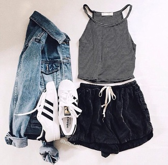 top t-shirt crop tops shorts stripes black and white short summer