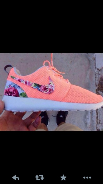 shoes nikes pretty pink floral white bright want them coral women's nike nike peach atomic pink and floral nike roshe for women peach floral roshies peach floral roshie roches salmon