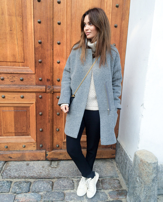 by funda blogger bag grey coat sweater dress sneakers turtleneck
