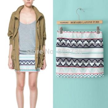 Verano nueva marca 2014 ladies' cruz diseño geométrico rayas impresas mini falda falda corta chica hip lápiz sobre libre en faldas de moda y complementos en aliexpress.com